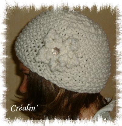 Tricoter une fleur au point mousse - Apprendre a tricoter un bonnet ...